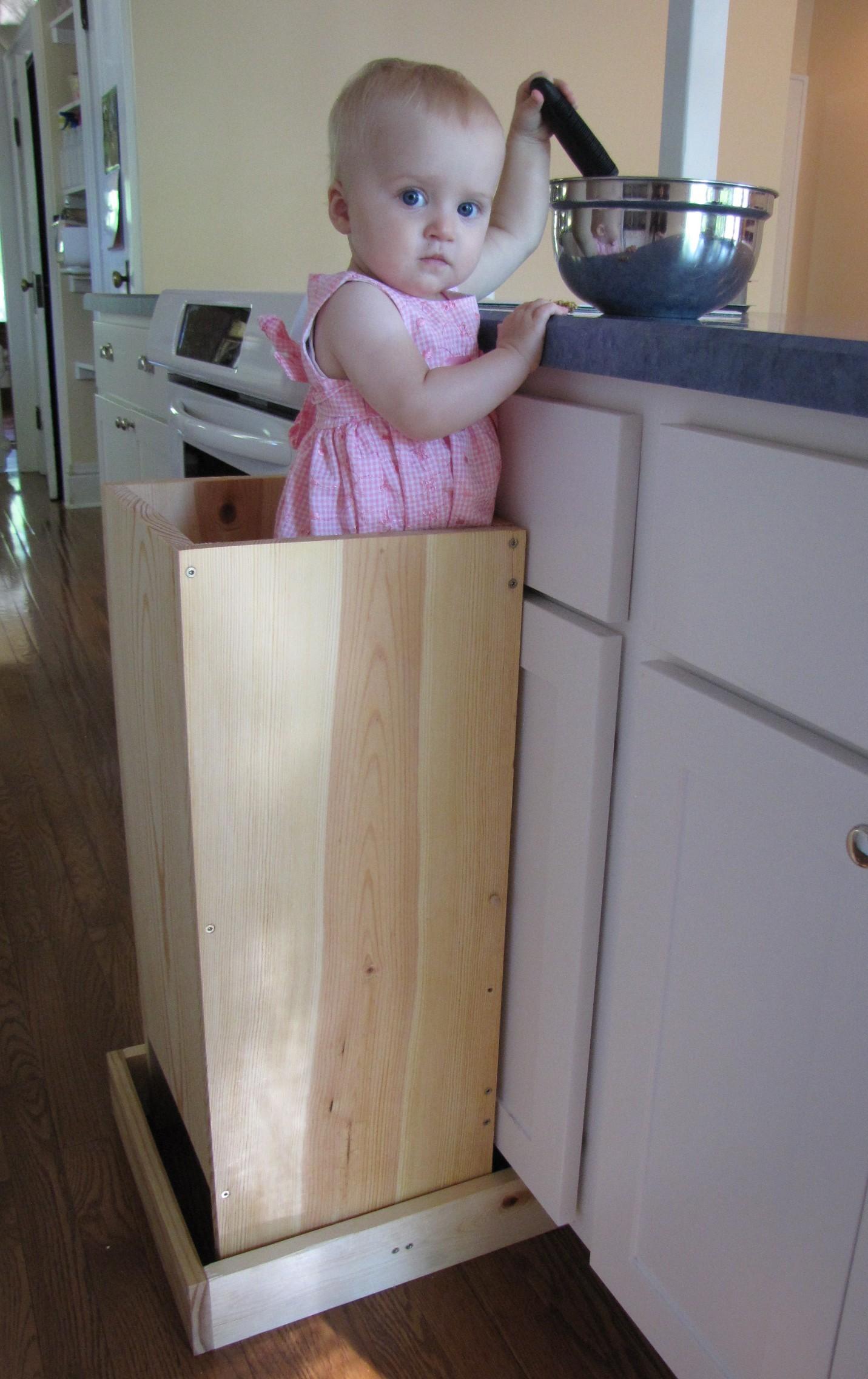 Tutorial Children S Kitchen Helper Stand Home Naturally
